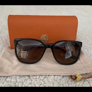 TORY BURCH Revo Polarized Sunglasses